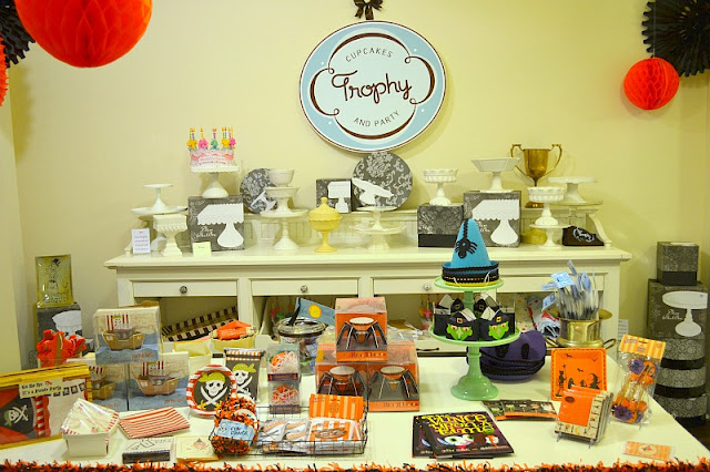 Trophy Cupcakes party shop