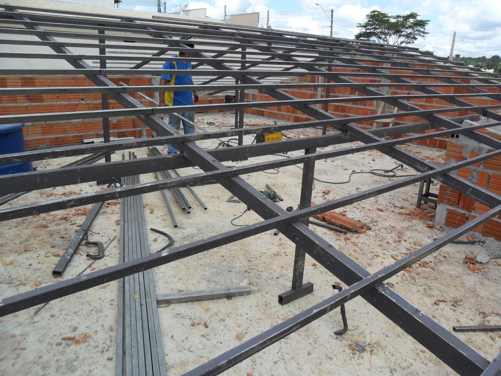 Serralheria casa grande telhados residenciais com - Tipos de vigas metalicas ...