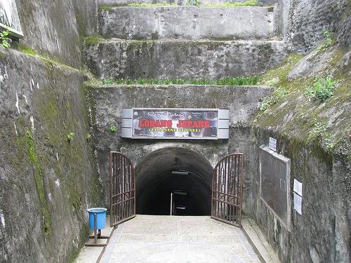 the malala dot com: Lubang Jepang (Lobang Jepang) Di Bukit