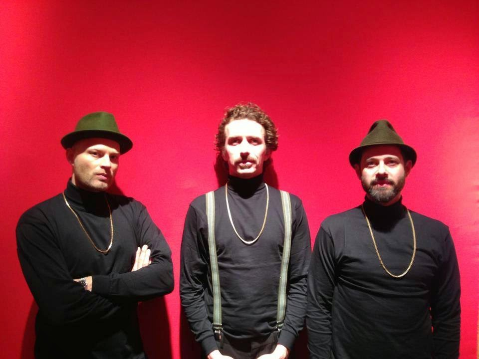 WhoMadeWho – Heads Above / Hiding In Darkness Remixes