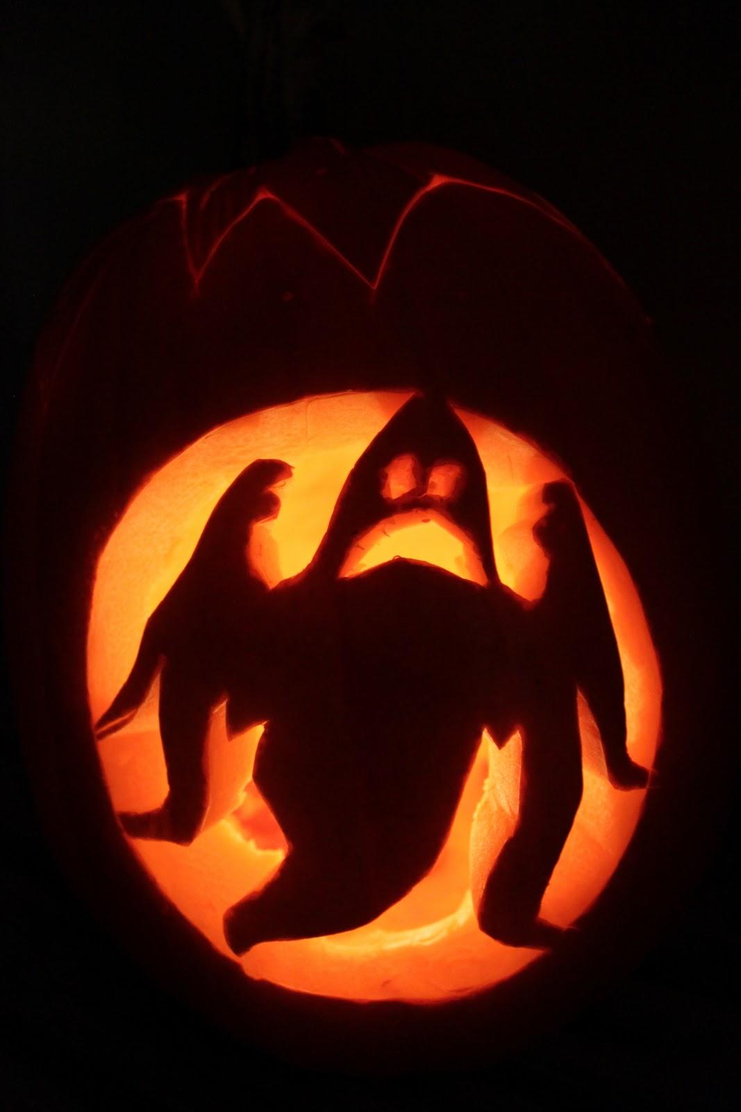 Se hvad jeg lavede sidste år så klik ude til højre på halloween