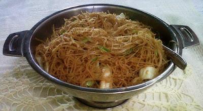 Bihun goreng oriental
