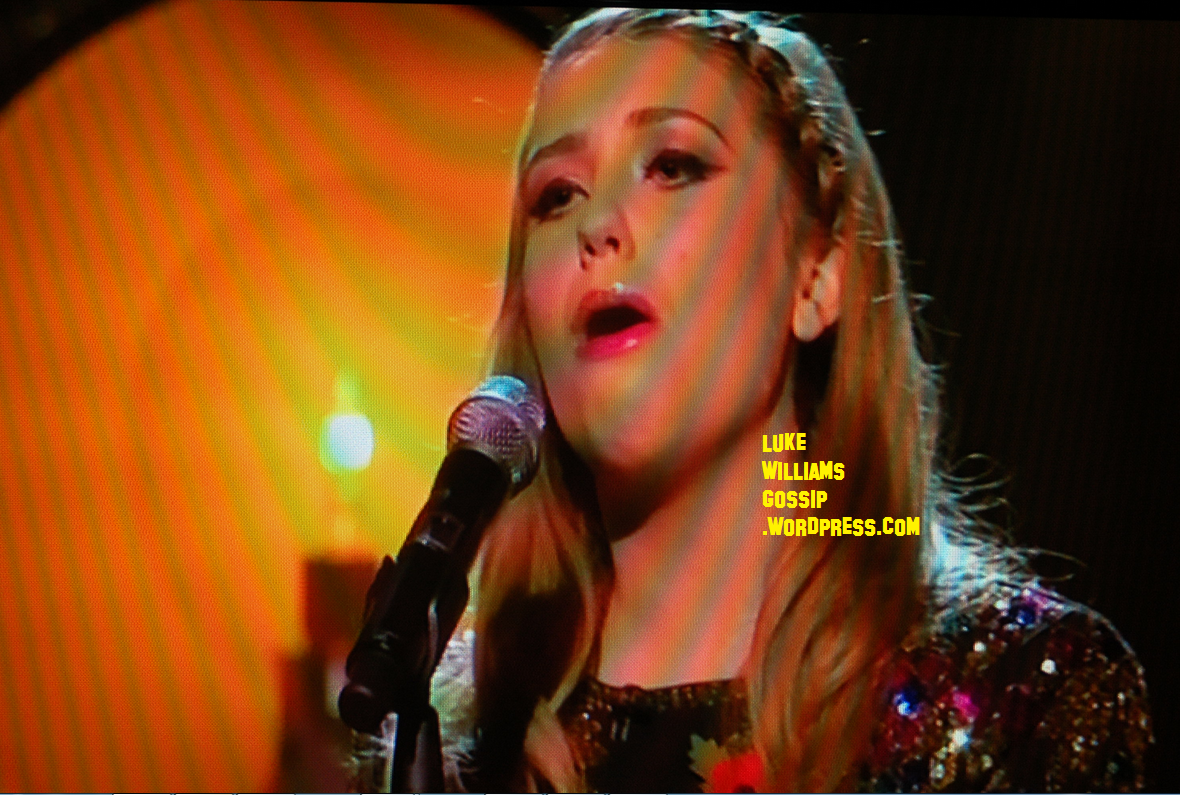 http://2.bp.blogspot.com/-irwdI_-I-CM/UJXnxi0k7qI/AAAAAAAAP24/d0mi8qQudHM/s1600/Ella+Henderson+was+back+to+her+best+and+her+rendition+of+the+Katy+Perry\'s+track+proved+popular.png