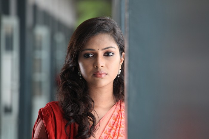 Amala Paul in Deiva Thirumagan Movie Stills