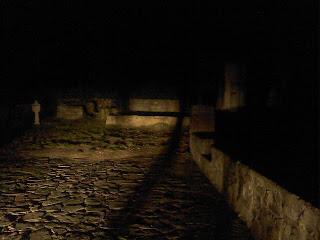 Ciudad encantada de Bhangarh de noche