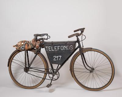 """Bicicleta de celador"" en Espacio Fundación Telefónica"