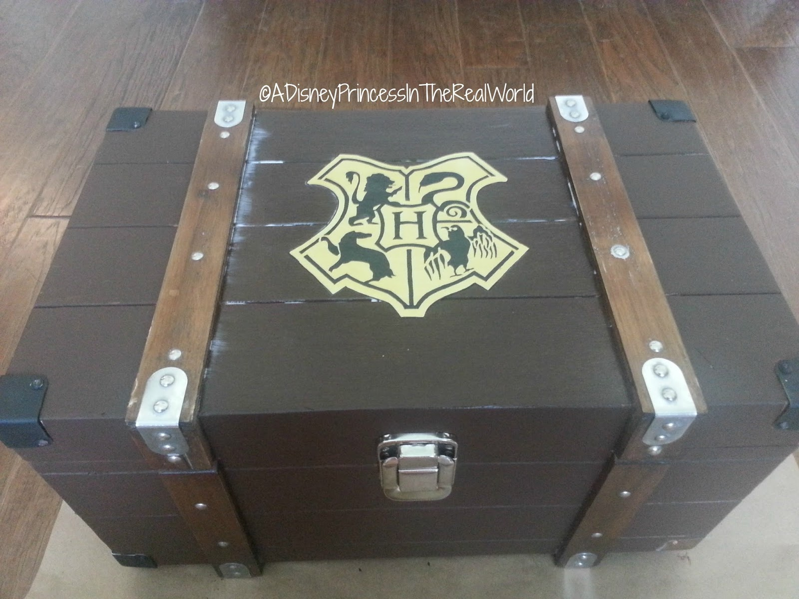 Harry Potter Book Trunk : A disney princess in the real world diy harry potter trunk