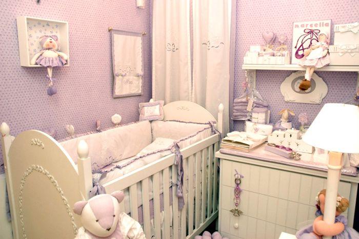 Quarto de menina lilás: