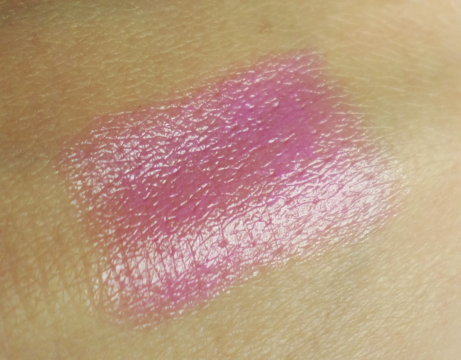 Revlon Just Bitten Kissable Balm Stain in 'Cherish 015' Swatch