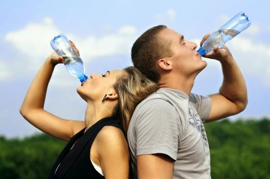 Toma Agua Natural cotidianamente