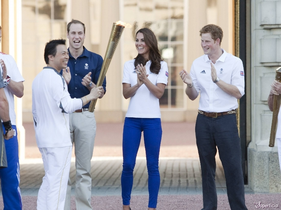 Kate Middleton Butt Tight Jeans Olympic Torch Relay X on Web Relay 1 0