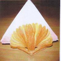Kreasi Membuat Kerajinan Tempat Tisu dengan Stik Es Krim