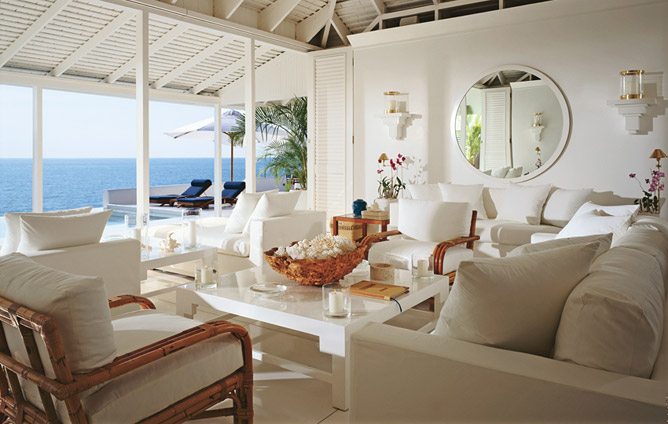 Things we love white decor design chic design chic for Home decor jamaica
