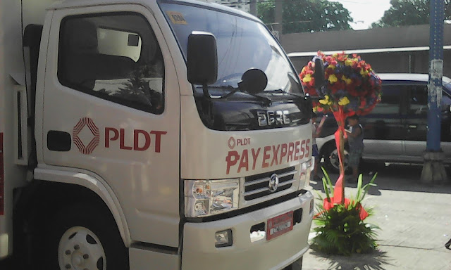 PLDT Pay Express Van now in Manila