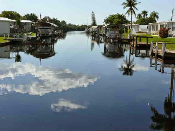 Fort Myers Florida Orange Harbor Mobile Home Park And RV Resort Is A Waterfront Community Located On The Caloosahatchee Rivers