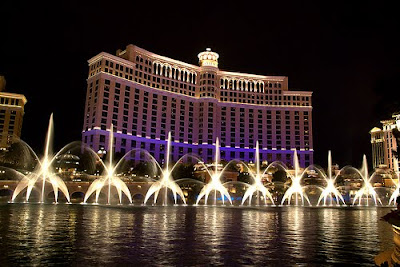 Which Hotels Gets Highest Rating In Las Vegas?