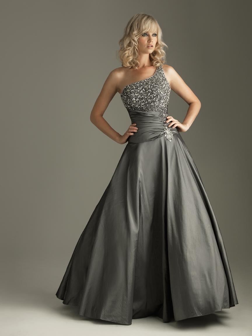 designer dresses for prom - photo #40