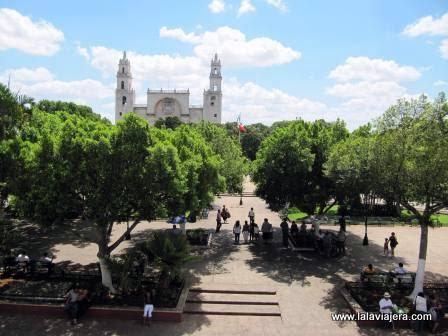 Plaza de la Independencia de Mérida, la ciudad blanca de Yucatán