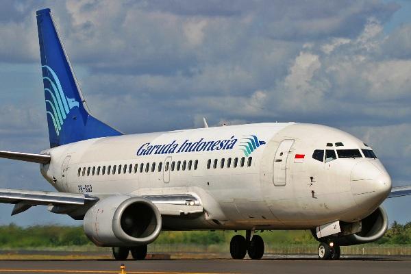 Garuda Indonesia Boeing 737-500