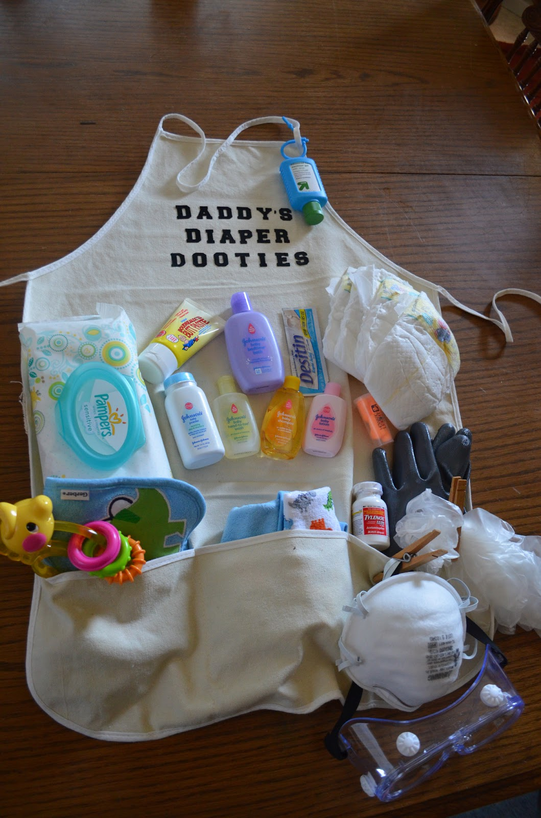 Baby Shower Gift Ideas Diapers : Crafty mom of daddy s diaper dooties