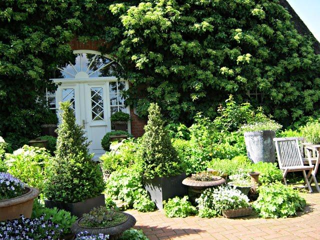 Neues vom Lindenhof: Garten Fenna Graf