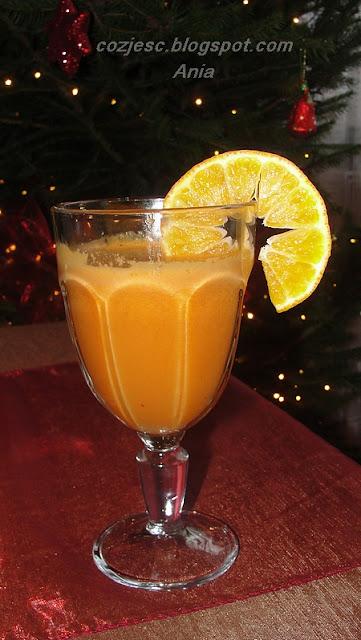 sok z jabłek, marchewki, pomarańczy i selera