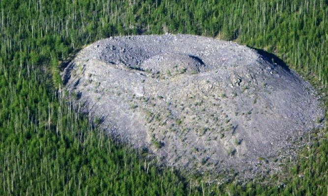 Living Crater in Russia Still a Mystery