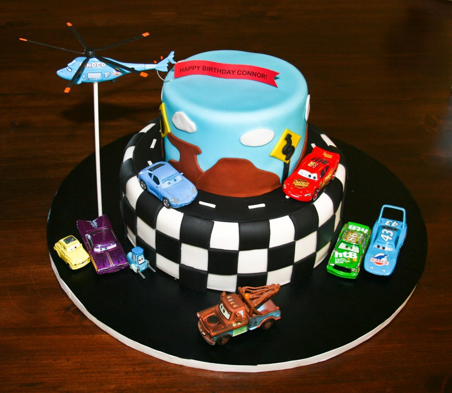 Homemade by Hillary: Disney Cars Cake