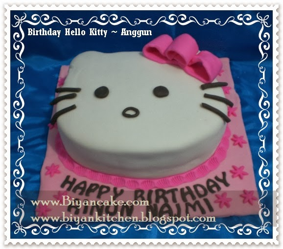 kue kepala hello kitty