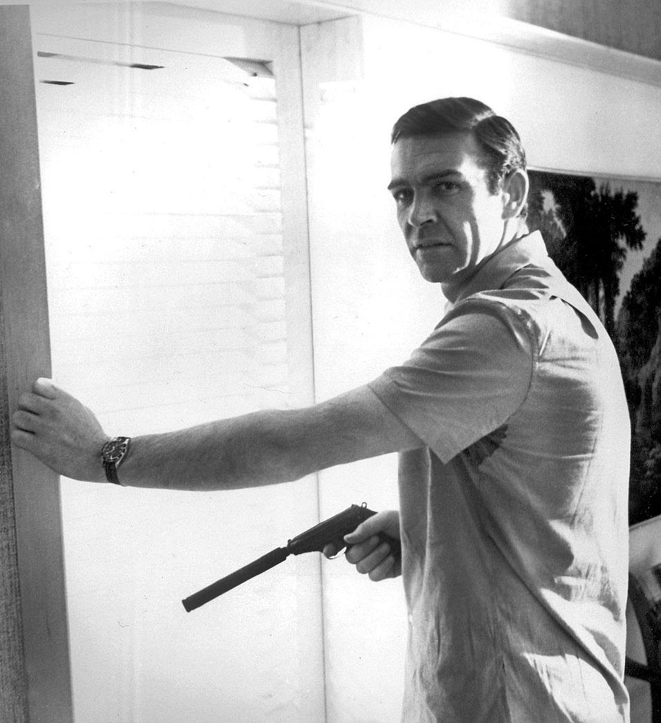 Watch Porn Wednesday (Page 122) - James Bond Memorabilia