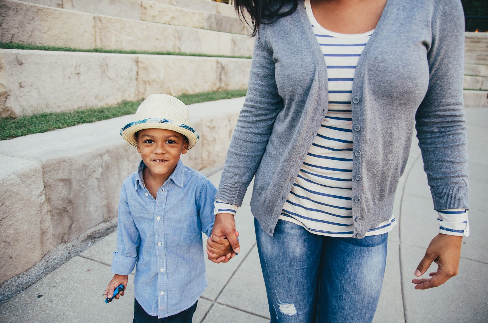 urban mom and stylish son, indianapolis lifestlye family photographer