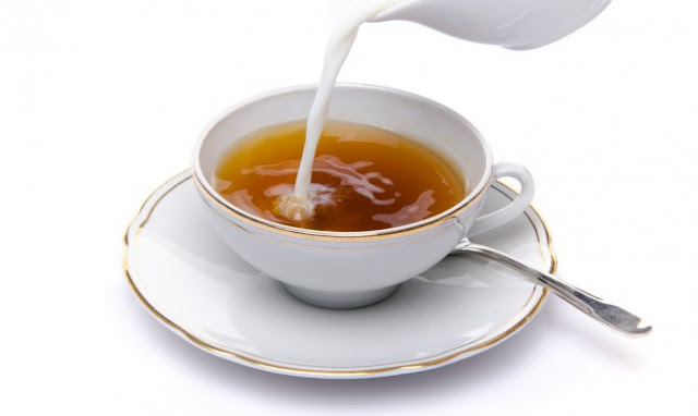 Reduce Teeth Staining from Tea by Adding Milk