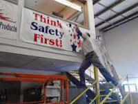 Top 10 funniest Health & Safety Pictures you will ever see!