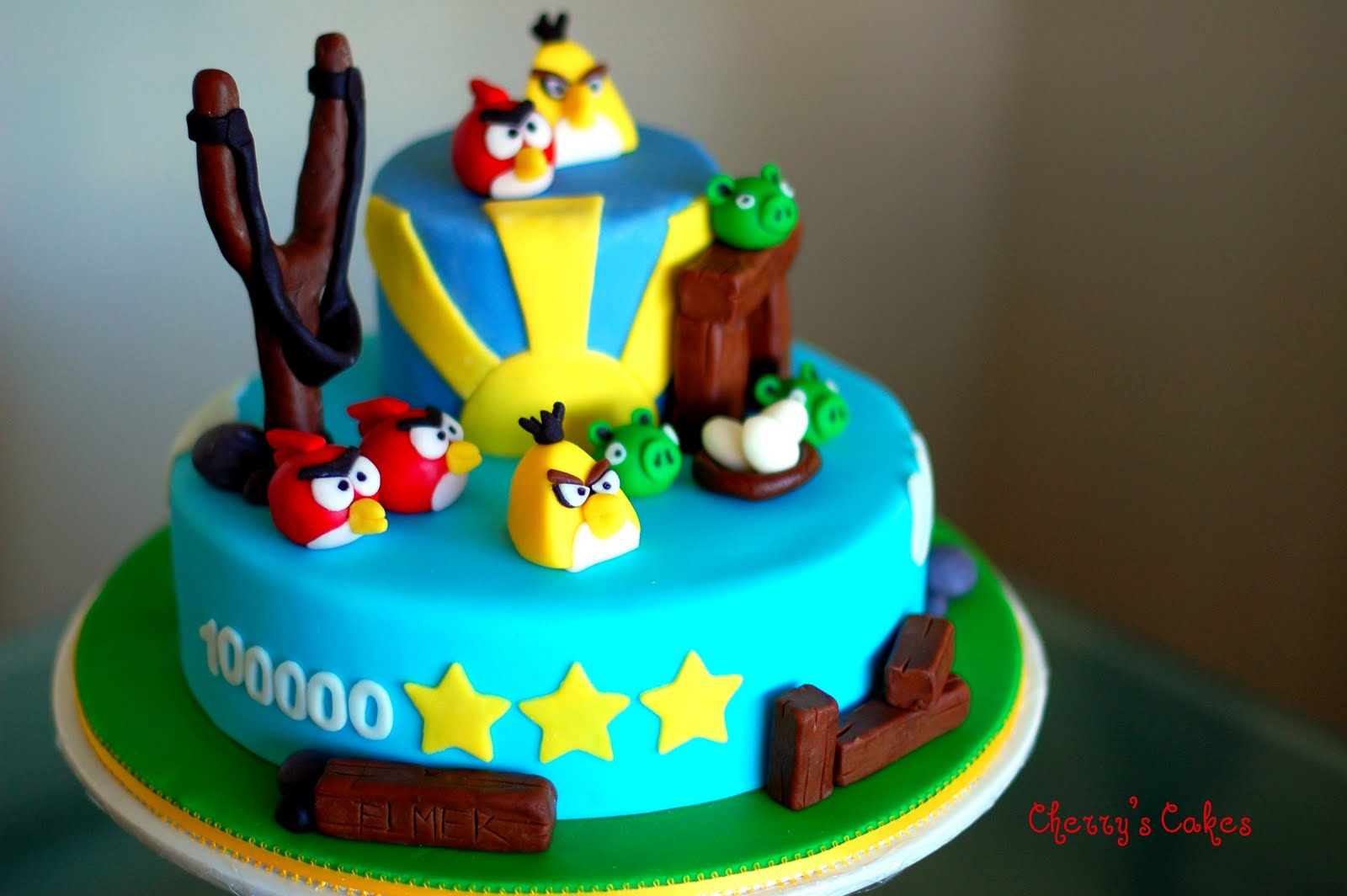 Images Of Angry Birds Cake : The Beancounter: My Very Own Angry Birds Cake