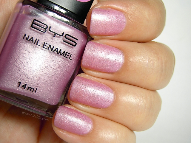 BYS Colour Change Nail Enamel in Glitter Purple