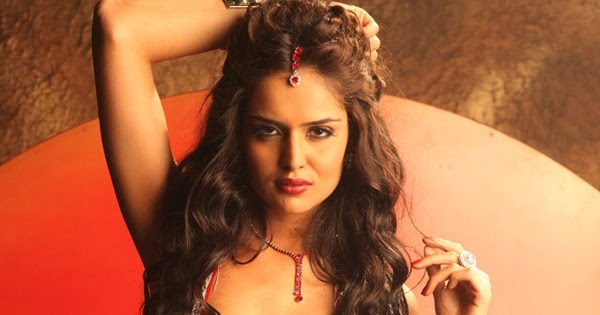 Nathalia kaur in department