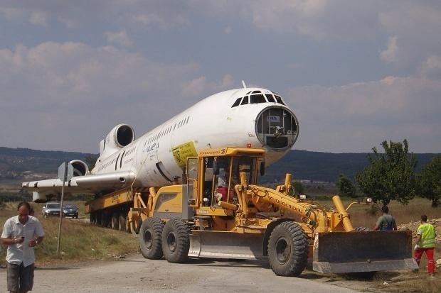 самолет ТАТО