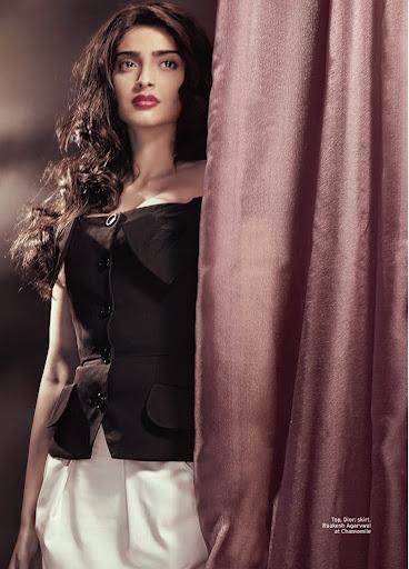 Sonam Kapoor Looks Divalicious in These New Photoshoot ...