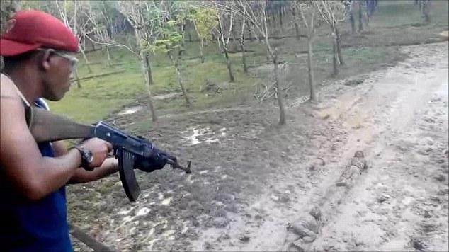 Latihan prajurit TNI mengerikan