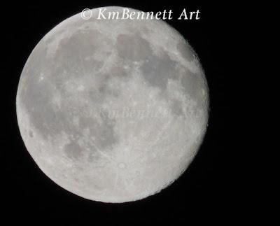 Moon photo 01 KmBennettArt