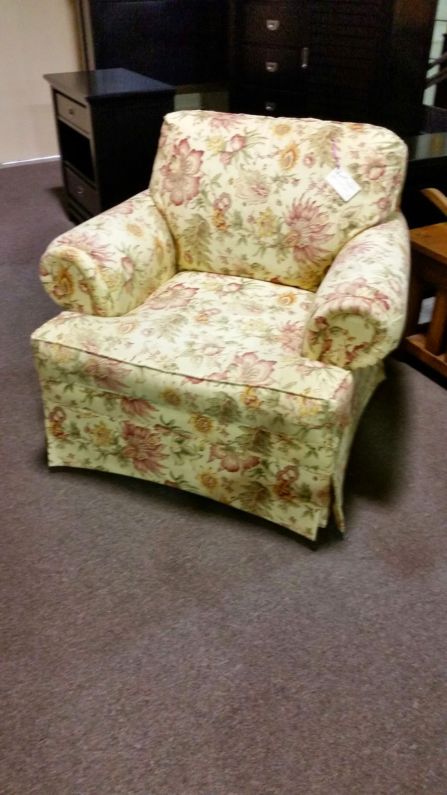 Posted by design furniture consignment at 12 43 pm 0comments for Furniture consignment