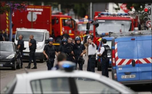Στη δημοσιότητα βίντεο ντοκουμέντο από την τρομοκρατική επίθεση στη Νορμανδία (Βίντεο)