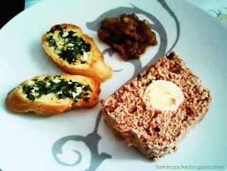 pastel de carne y aceitunas