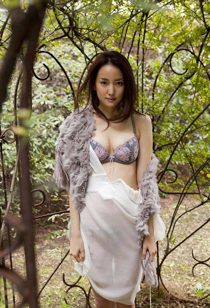 natsuko nagaike sexy lingerie photos 02