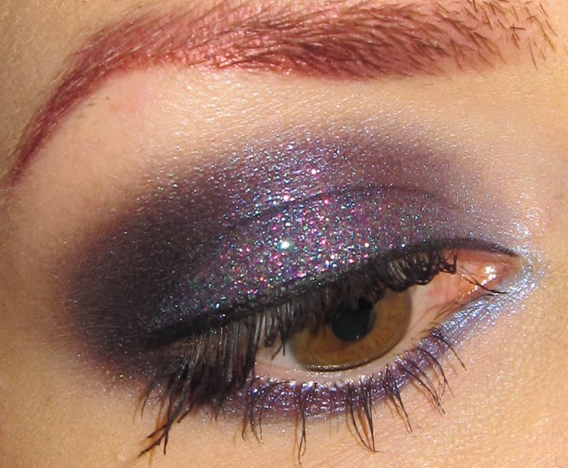 Glitter is my crack...: Blue and Purple glitter Eye Makeup look