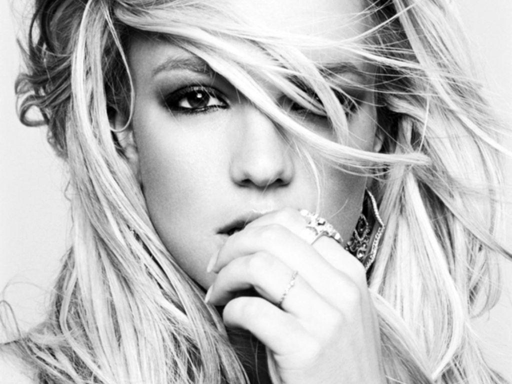 http://2.bp.blogspot.com/-ivyAz7QpvWA/TlzKBXK_rEI/AAAAAAAACFM/jvDHZzR9kdQ/s1600/Britney%2BSpears%2B7.JPG