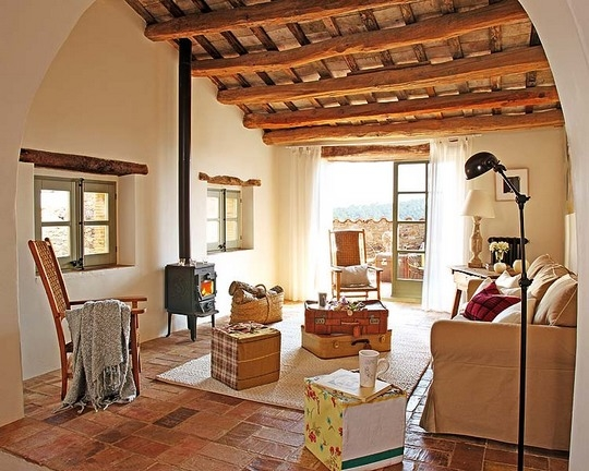 Estilo rustico casa rustica en cataluna for Suelos para casas antiguas