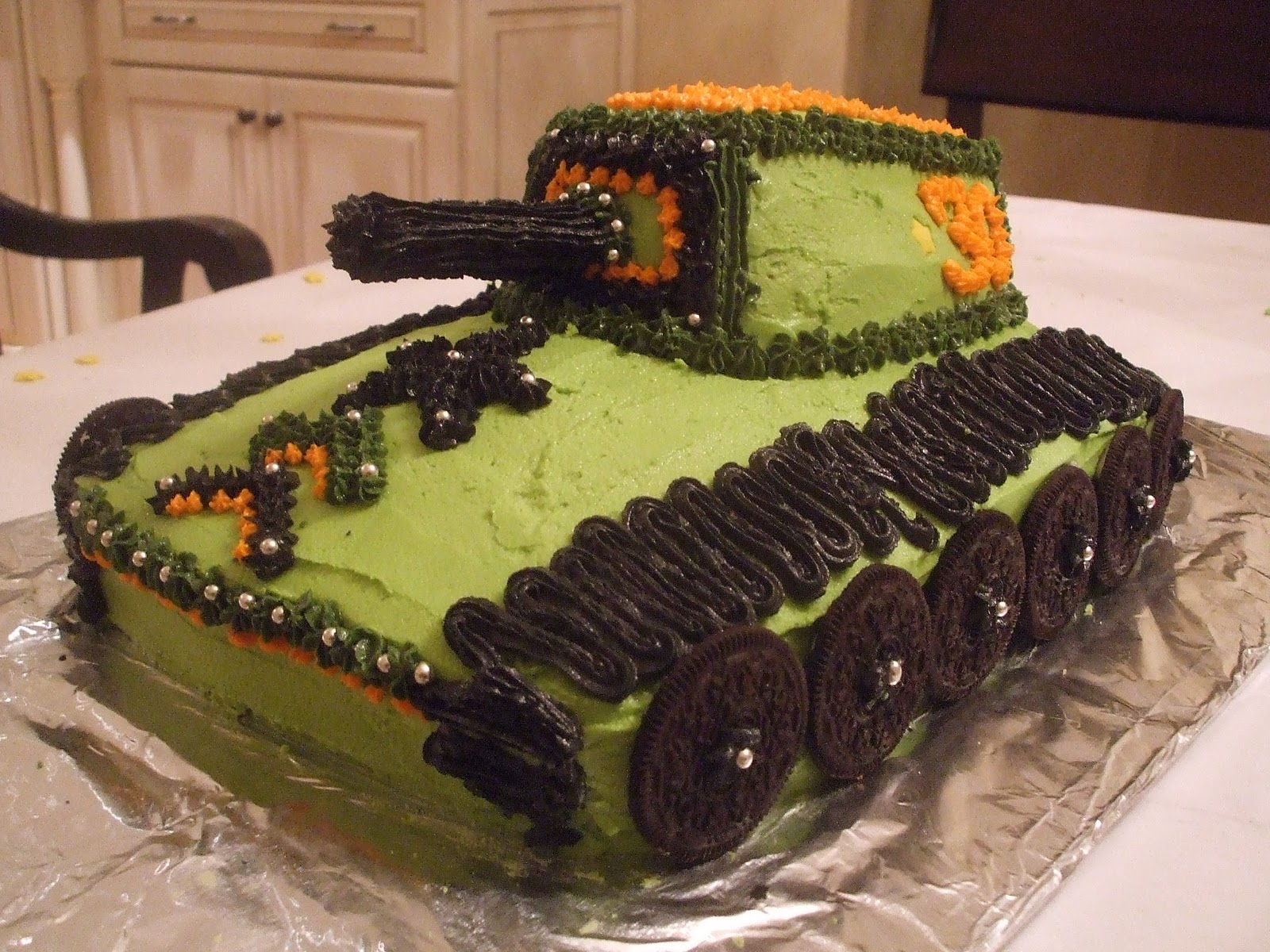 Deevils DIY Army Tank 30th Birthday Cake