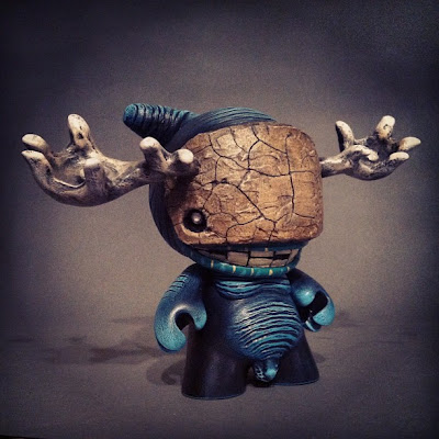 "Shadow-lings Custom 4 Inch Munny ""Miniboss"" by Shadoe Delgado"