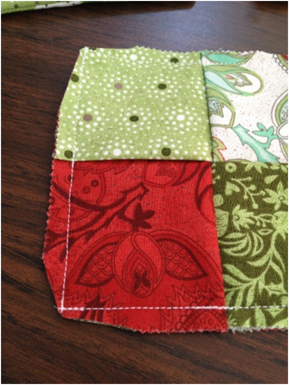 Fabric Mill Holiday Mug Rug Tutorial